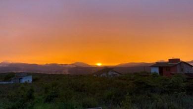 Photo of Chapada: Pôr do Sol magnífico em Mucugê é capturado por turista de Salvador; confira a sequência de fotos