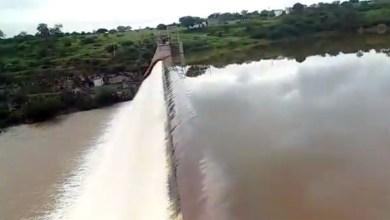 Photo of Chapada: Barragem do Rio de Contas 'sangra' depois das chuvas na região; veja os vídeos