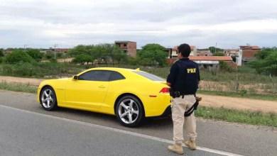 Photo of Chapada: PRF apreende Camaro amarelo com débitos de R$20 mil em Capim Grosso; condutor estava sem habilitação