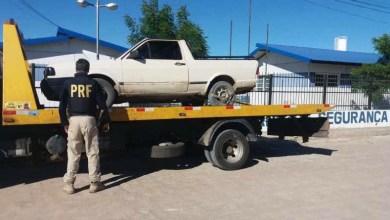 Photo of Chapada: PRF recupera veículo roubado e detém condutor por receptação em Capim Grosso