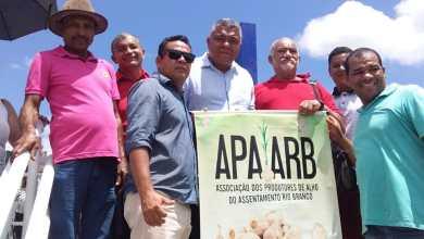 "Photo of ""Bolsonaro alastra pobreza pelo país"", diz Valmir sobre congelamento do Bolsa Família"