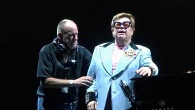 Photo of #Mundo: Cantor Elton John interrompe show debilitado e chora por não conseguir cantar