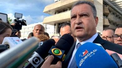 """Photo of #Bahia: Rui Costa lamenta """"provocações e atos contra a vida"""", mas não cita carreata dos bolsonaristas"""