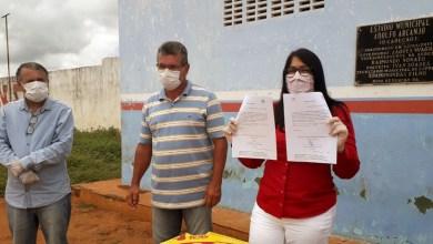 Photo of #Chapada: Prefeita de Nova Redenção assina ordem de serviço para estruturação de estádio municipal