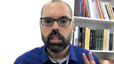 Photo of #Polêmica: Blogueiro bolsonarista Allan dos Santos surpreende ao anunciar que saiu do Brasil; veja vídeo