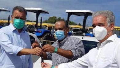 Photo of #Chapada: Lençóis recebe veículo do governo estadual e prefeito entrega 13 escolas reformadas