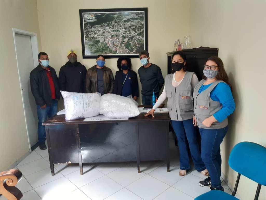 Cesol Chapada Diamantina doa duas mil máscaras para prevenção à covid-19 no município de Piatã