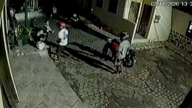 Photo of #Chapada: Jovem de 22 anos é agredida por homem em Lençóis e família e moradores pedem por justiça; veja vídeos