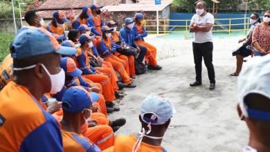 Photo of #Bahia: Suíca defende prioridade de vacinação contra a covid-19 para trabalhadores de limpeza urbana