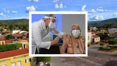 Photo of #Chapada: Idosa de 98 anos de Jussiape é a primeira a receber a vacina contra a covid em lar permanente de Feira de Santana