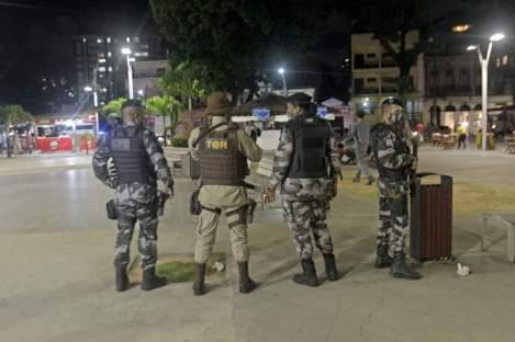 Os flagrantes por desobediência ao decreto estadual ocorreram na capital   FOTO: Divulgação/SSP  