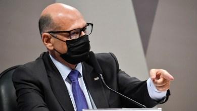 Photo of #Brasil: Diretor do Instituto Butantan atesta que só em 2020 Bolsonaro aniquilou 60 milhões de vacinas