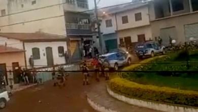 Photo of #Chapada: Polícia Militar chama reforço para dispersar tumulto na zona rural de Rio de Contas; veja vídeo