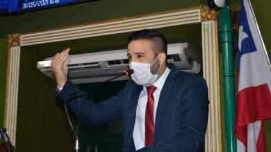Photo of #Polêmica: Vice-líder do Patriota na Câmara de Salvador anuncia saída do partido após filiação de Flávio Bolsonaro