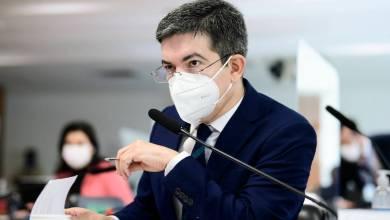 Photo of #Brasil: Após escândalo da Pandora Papers, senador quer 'Lei Paulo Guedes' para vetar aplicações de membros do governo