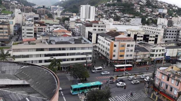 Teresópolis recebe 3 toneladas em cestas básicas pelo Mesa Brasil Sesc-RJ nesta quarta-feira