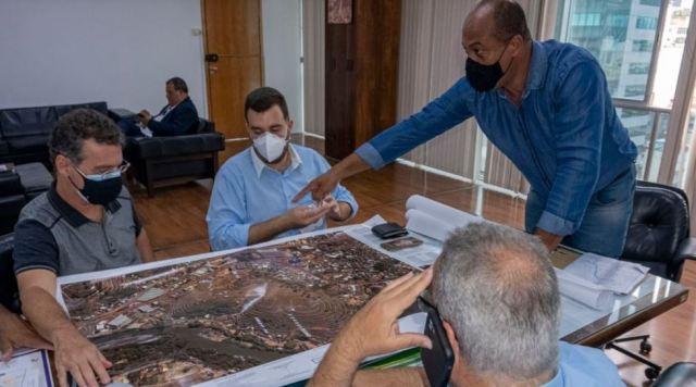 Três Rios fecha parceria com DER para melhorias urbanas