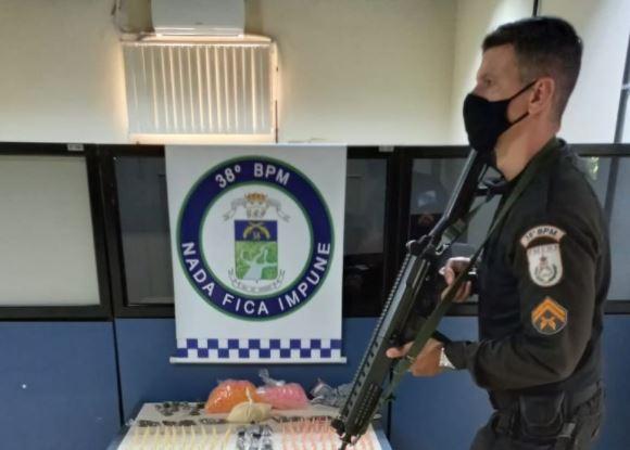 MENOR É APREENDIDO POR TRÁFICO DE DROGAS EM PARAÍBA DO SUL