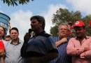 """Prefeito Odir manda recado: """"vamos usar a estrutura pública para evitar os despejos em Pinhão""""."""