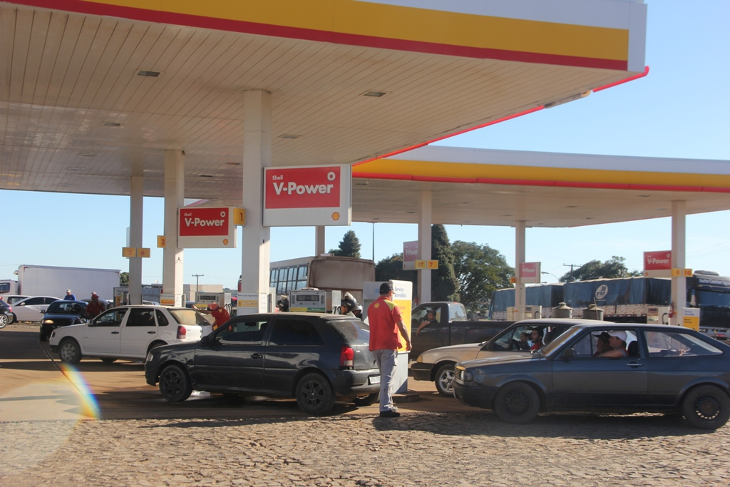 Em Pinhão já não tem mais gasolina e diesel