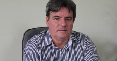 Prefeito Odir comunica que o município recuperou a certidão e que será dada a reposição salarial