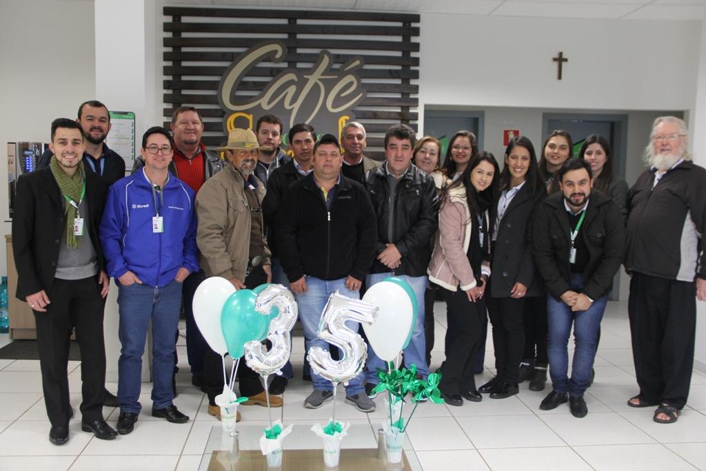 Sicredi comemora 35 anos de fundação