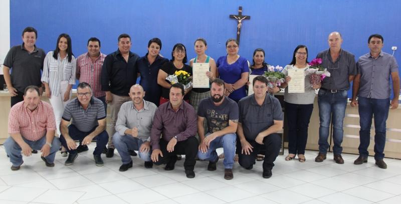 Maria Goreti, Sirlene e Lar do Idoso recebem homenagens da Câmara Municipal