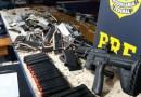 PRF apreende fuzil, 16 pistolas e 5,7 mil munições no Paraná