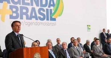 """""""Tivemos o melhor semestre desde 2013"""", diz Bolsonaro sobre o PIB"""