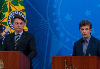 Bolsonaro anuncia Nelson Teich como ministro da Saúde Médico oncologista substitui Henrique Mandetta