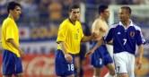Japão, 2001: pela primeira vez, um país sediava a Copa das Confederações e também a Copa do Mundo. E no torneio antes do Mundial, o Japão fez bonito, encerrando a fase de grupos em primeiro lugar, superando inclusive o Brasil. Na semifinal, a equipe nipônica superou a Austrália por 1 a 0, mas não conseguiu surpreender a França, que despachara o Brasil por 2 a 1, e perdeu pelo placar mínimo. (Foto: Japão)