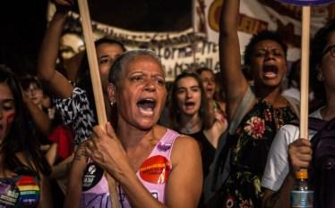 Mulheres saem às ruas no 8M em Campinas (SP)