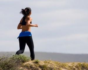 """""""Quando a umidade está alta, o corpo sente dificuldade na transpiração e resfriamento da temperatura"""", comenta a médica."""