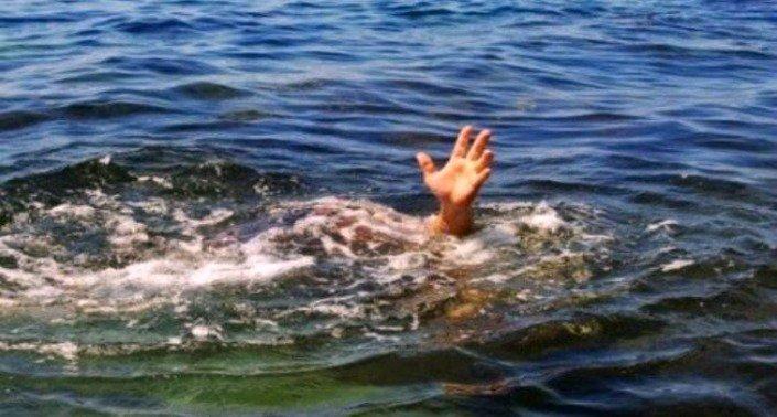 Pastor tentar andar sobre as águas e foi devorado por crocodilos ?