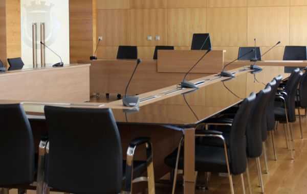 Proença-a-Nova: Município aprova participação variável no IRS de 2,5% e 0,3% no IMI