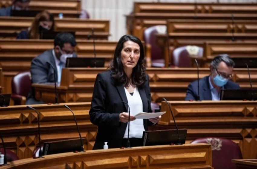Educação: Cláudia André questiona Ministro sobre Recuperação de Aprendizagens