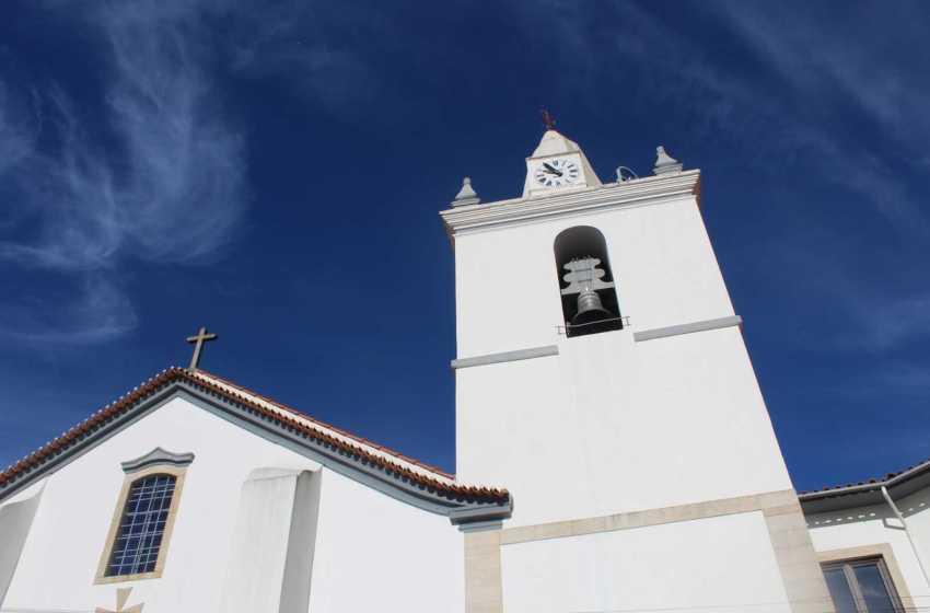Igreja: Sinos vão tocar em memória das vítimas da pandemia