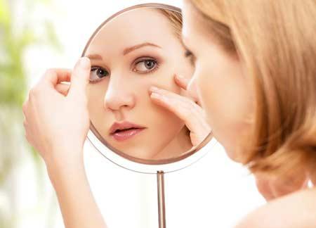 كيف أعرف أن بشرتى حساسة وطرق العناية بها