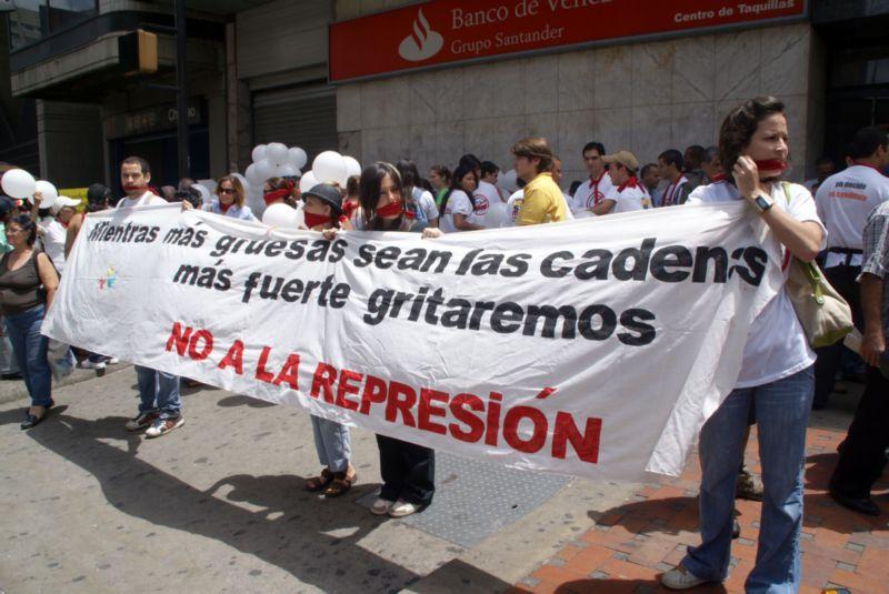 La Movilización UN MUNDO SIN MORDAZAS, fue uno de las mejores protestas que se ha protagonizado en contra de Chávez, y a favor de la Libertad de Expresión. Foto de Cecilia Rodríguez, del CNP.