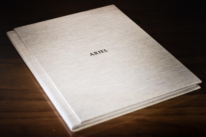 Álbum de Primera Comunión. Ariel