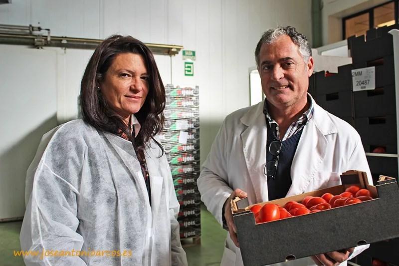 Isabel Garcia, presidenta de Agrasa, y Antonio Muñoz, director comercial