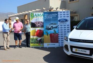 El agricultor Gracián Manzano se lleva el coche de pimientos de HM Clause