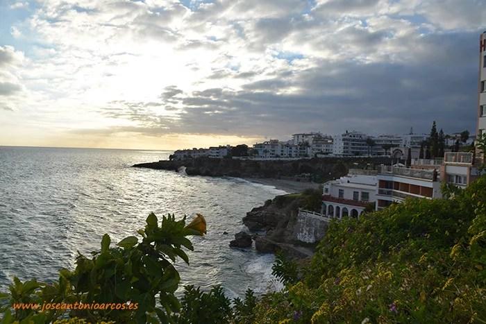 Nerja, Axarquía de Málaga, el Balcón de Europa. Turismo, viajes. CalasNerja, Axarquía de Málaga, el Balcón de Europa. Turismo, viajes. Calas