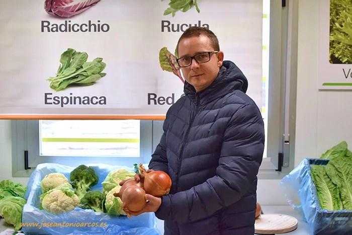 Venancio Manzaneque, técnico comercial para centro y norte de España de Enza Zaden.