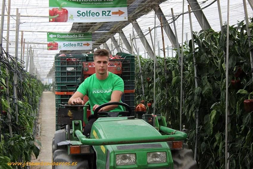 José Luis Bazán, joven agricultor roquetero.
