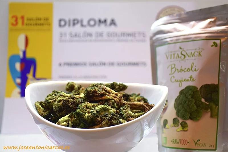 Snack de brócoli deshidratado (novedad).
