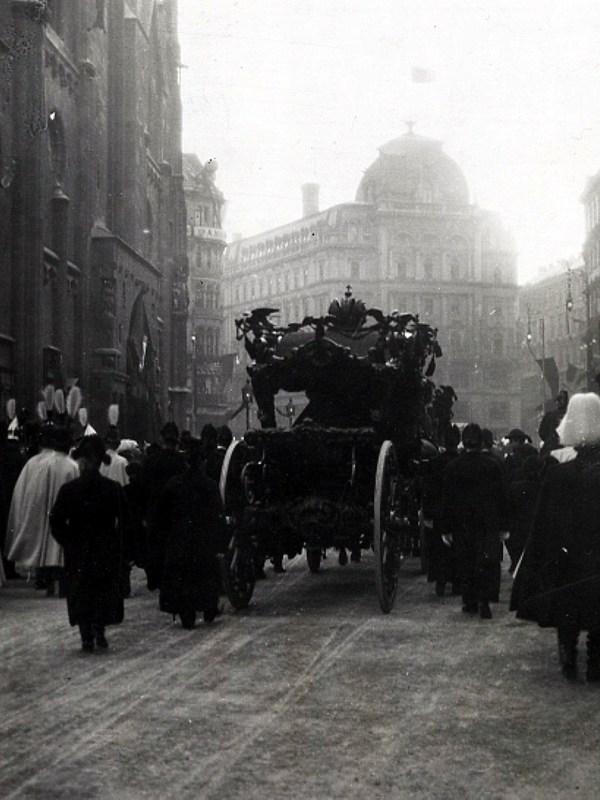 Wien 1916, Imperiales Begräbnis