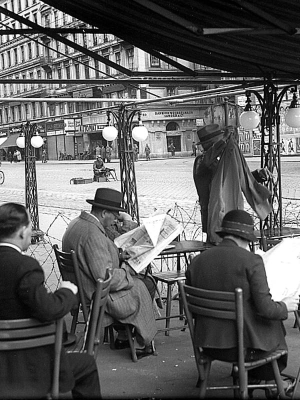 Wien 1933, Stacheldraht auf der Kärntner Straße