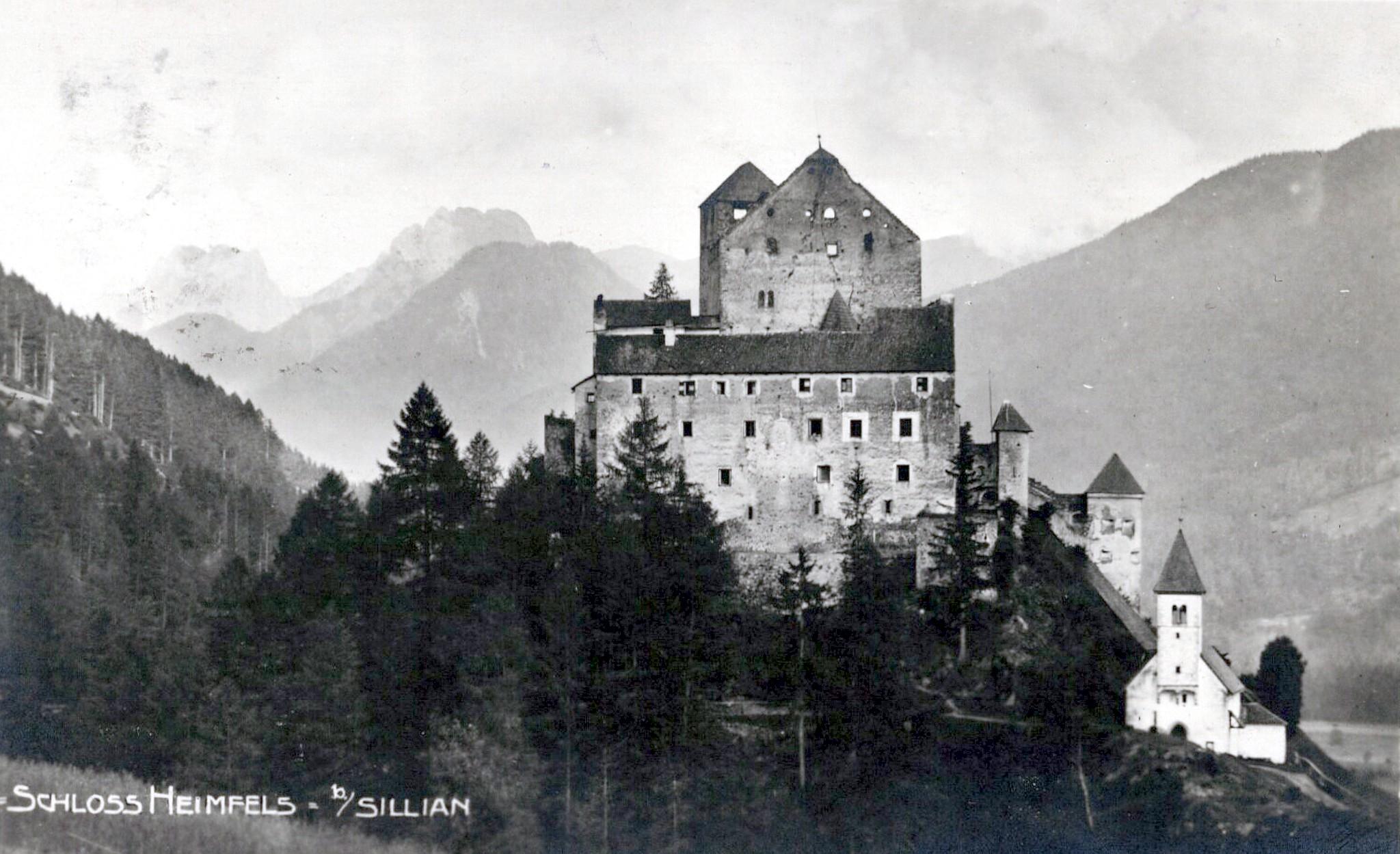 Heinfels 1926, Schloss