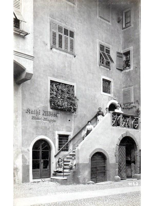Bozen 1905, Möbel-Magazin